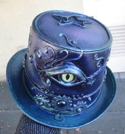 violet blue eyeball top hat