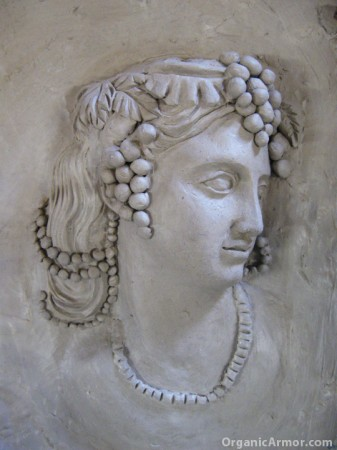 antique-cameo-scultped-in-clay
