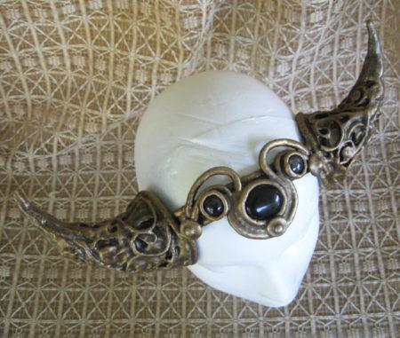 Hathor horns filigree